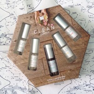 NWT Clean Reserve Rollerball Set
